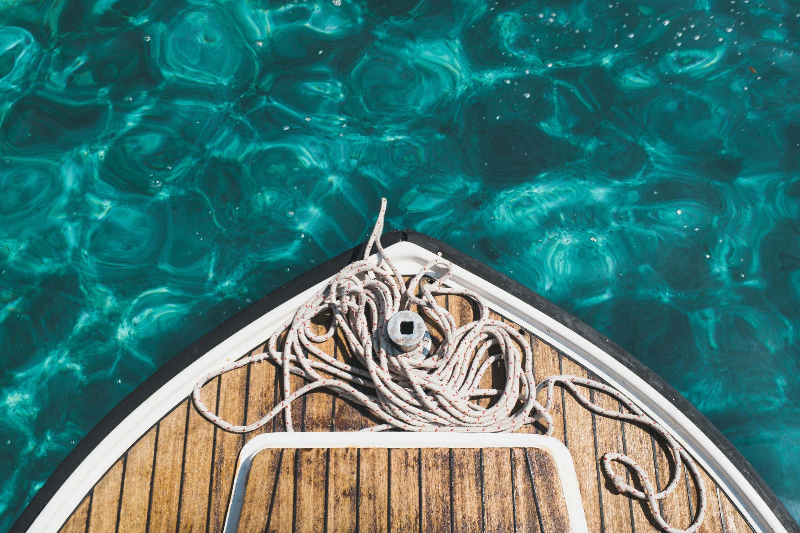 Boat fore deck, sailing rope, Shipping A Boat Auto Transport